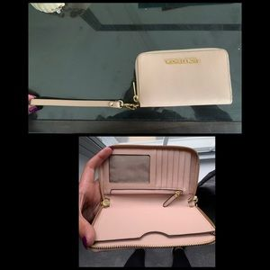 Small Baby Pink Michael Kors Clutch